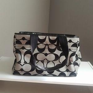 Coach bag/purse with C monogram